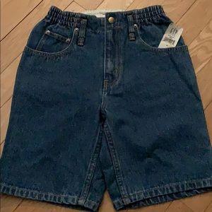 Gap denim shorts-sz 7 & 8. Flex waist